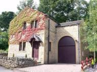 3 bedroom Detached house in Low Town, Kirkburton...