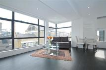 Flat to rent in Aylesbury Street...
