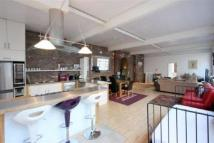 1 bed Flat in Fullwoods Mews...