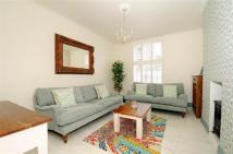 2 bed Flat to rent in Sunbury House, Shoreditch