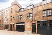 house to rent in Brownlow Mews, London...