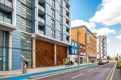 shop to rent in 160 188 high street stratford london e15 e15. Black Bedroom Furniture Sets. Home Design Ideas