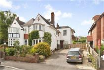 5 bed semi detached property in Victoria Road, Oxford