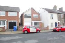 Detached home to rent in Morton Road, Lowestoft...
