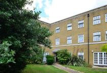 Flat for sale in Pickering Close, Hackney...