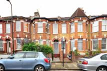 3 bed property in Elmcroft Street, Clapton...