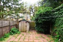 Maisonette for sale in Ballance Road, Homerton...