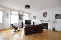 2 bedroom Maisonette to rent in Mare Street, Hackney, E8