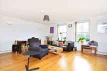 2 bedroom Flat in Martello Street...
