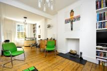 3 bedroom house in London Fields East Side...