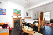 4 bed home in Albion Drive, Haggerston...
