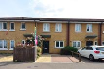 2 bed home in Beanacre Close...