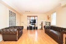 1 bed Flat in Leabank Square...