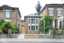 3 bedroom Maisonette for sale in Victoria Park Road...