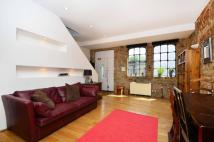 1 bedroom Maisonette in Mare Street, Hackney, E8