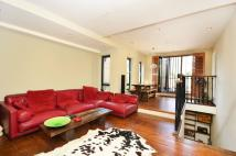 1 bed Flat to rent in Well Street, Hackney, E9