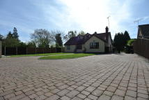 4 bed Chalet for sale in Church Hill, Lawford...