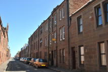 Flat to rent in John Street, Arbroath...