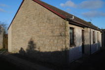 Bungalow to rent in McLellan court...