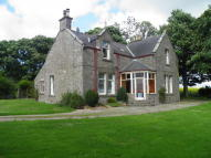 4 bedroom Detached house in Monikie, By Dundee...