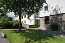3 bed Ground Flat in Charles Avenue, Arbroath...