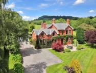 6 bed Detached home for sale in Old Court House...