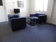 Flat to rent in Westway Room 21