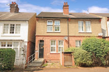 2 bedroom house for sale in Hilliard Road, Northwood...