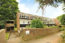 3 bedroom Apartment for sale in Leaf Close, Northwood...
