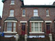 2 bed Flat to rent in Gloucester Road, Urmston...
