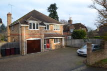 4 bedroom Detached house in Oak Tree Road, Tilehurst...