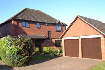 4 bed Detached house in Broadwater Park...