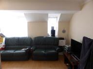Flat to rent in HIGH STREET, Addlestone...