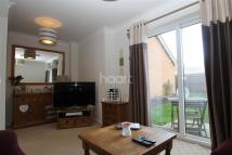 3 bed semi detached house to rent in Temple Gardens