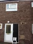 Ground Flat to rent in Beauchamp Walk...