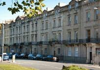 Gloucester Row Flat to rent