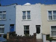 4 bed semi detached house to rent in Melbourne Road, Bristol