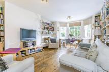 Flat for sale in Cambridge Gardens...