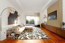 2 bedroom Flat in Woodstock Grove...