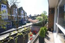 Flat to rent in Friars Stile Road...