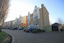 Flat to rent in Barker Close, Kew, Surrey