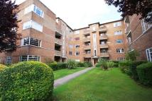 2 bedroom Flat in Church Road, Richmond...