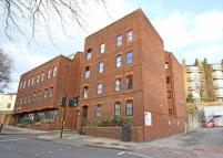 Flat to rent in Petersham Road, Richmond