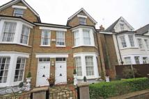 Flat in Larkfield Road, Richmond