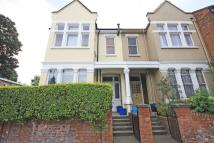 Flat in Sheen Road, Richmond...