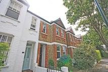 Flat in Chilton Road, Richmond...
