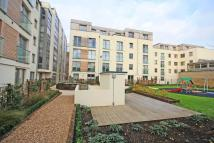 1 bedroom Flat in Garden Road, Richmond...