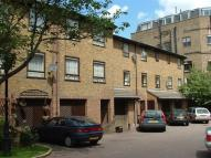 3 bedroom Mews to rent in Abinger Mews, London