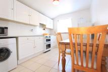 1 bed Flat to rent in Marsh Hill, London, E9