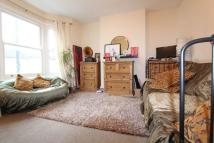 2 bedroom Flat in Kitchener Road, London...